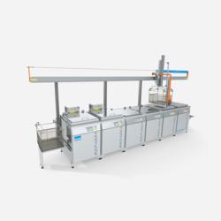 Ultraschallreinigungsanlage Versa Genius von FinnSonic für die industrielle Teilereinigung von Hohlkörper, komplexen Teilen, Werkzeugen und Formen