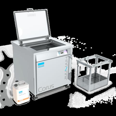 Ultraschallreinigungsanlage Corus von FinnSonic für die industrielle Teilereinigung von Vergasern, Filtern, Sieben und zum Entlacken
