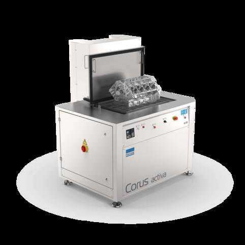 Ultraschallreinigungsanlage Corus Activa mit Ladeplattform für die industrielle Wartungsreinigung von komplexen Teilen