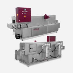 Perkute Clean-o-mat Durchlaufanlagen für wässrige Spritzreinigung in der industrielle Teilereinigung.